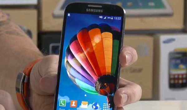 Samsung Galaxy S4 mit Android 5.0 Lollipop